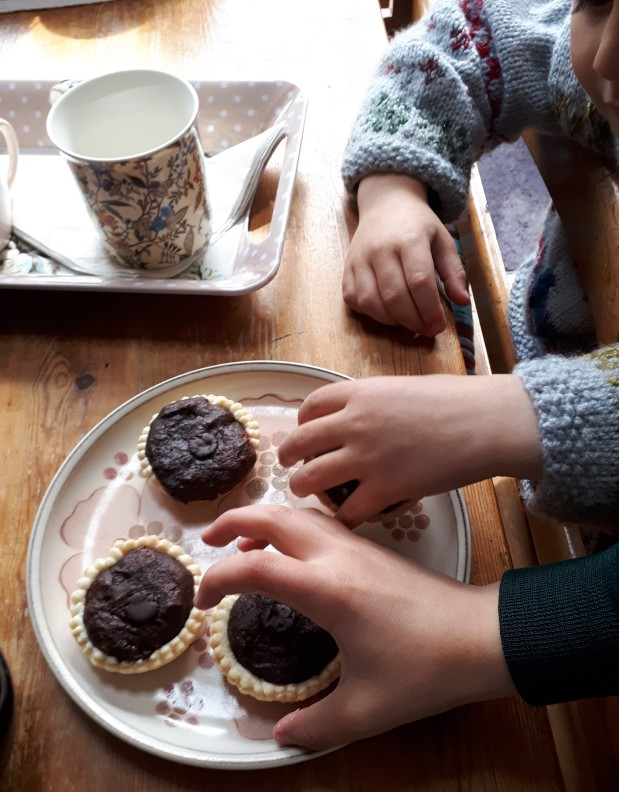 chocolate brownie tarts